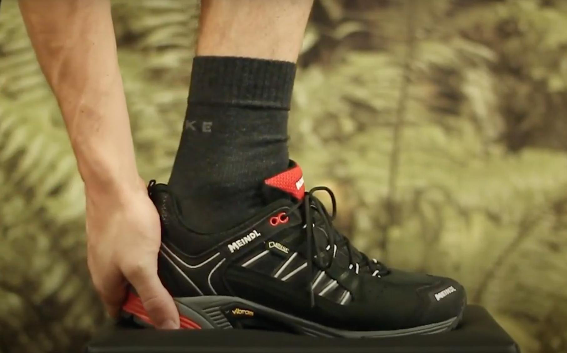 Wat is de juiste manier om je wandelschoen te veteren? Bekijk de video! - Video